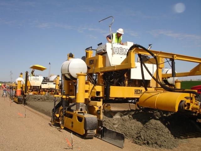 Concrete Placers & Spreaders | Concrete Paving | HEM